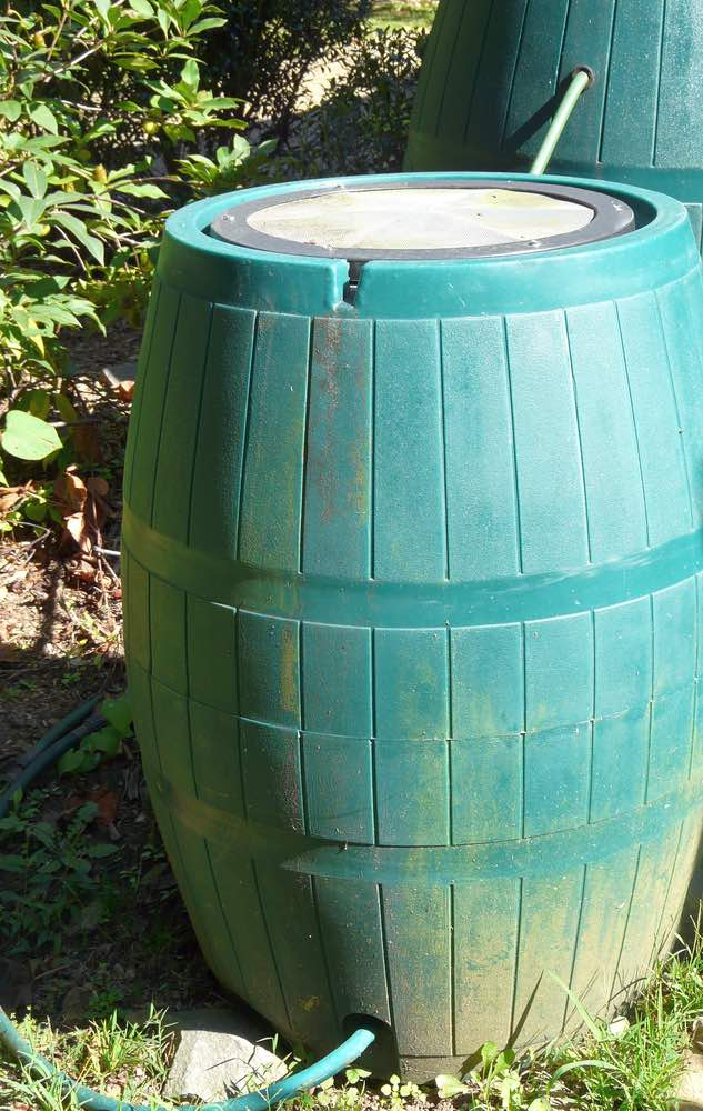 hook up sprinkler to rain barrel carbon dating temperature